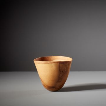 Contorsi Bowl III Vessel by Alexander de Vol