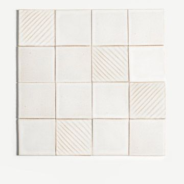 Diagonal Wipe Tile in White