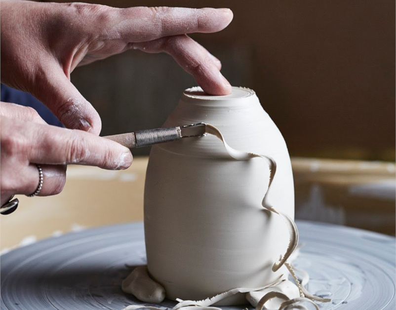 Elaine Bolt, Ceramicist, The New Craftsmen