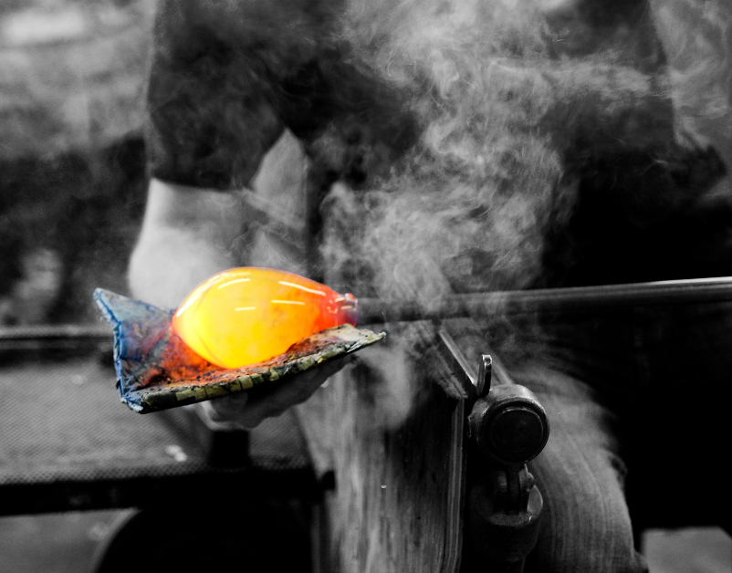 Edmond Byrne Glass Process - The New Craftsmen