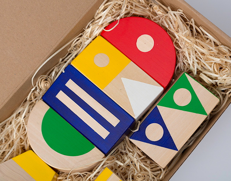 Oliver Helfrich, Toy Boxed, The New Craftsmen