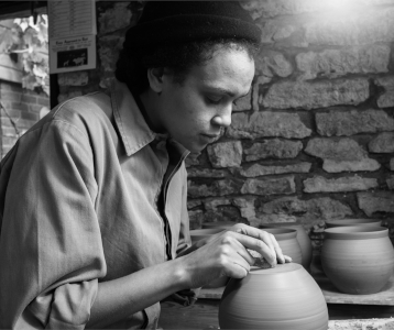 Isatu Hyde, Ceramic process-The New Craftsmen